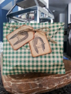 OMGosh this is Kristin & Jenny's favor - inside is granola YUM... How cute is the little tags. Its a pic of Kristin & Jenny..