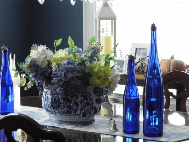 Love my centerpiece - brought at Bombay & Co. had a local florist arrange the hydrangea.