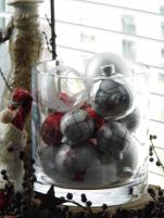 Better picture of the Christmas Ball ornaments.