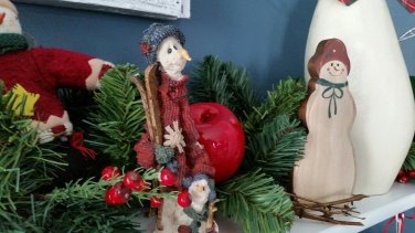 christmas mantel 5