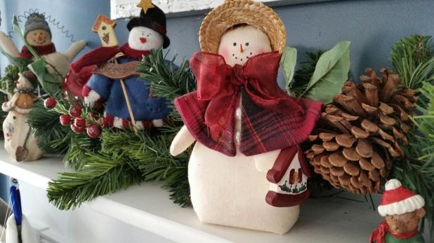 christmas mantel 7